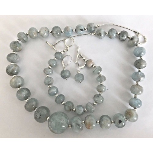 HANDCRAFTED AQUAMARINE & STERLING SILVER NECKLACE & BRACELET & EARRINGS