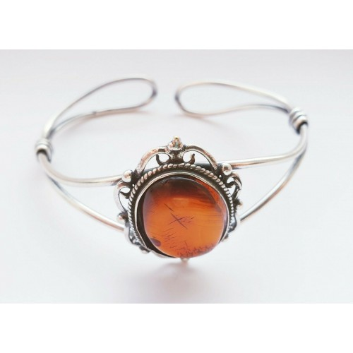 Silver Plated Bracelet With Genuine BALTIC AMBER Polished Stone